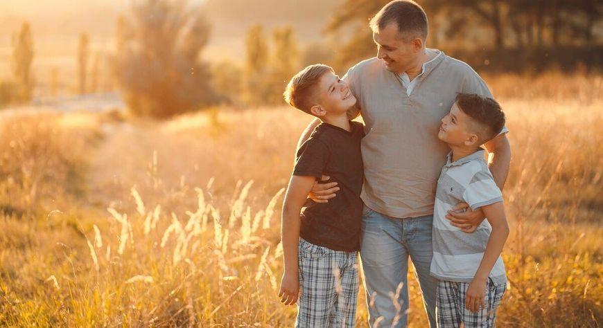 17 октября в крае, как и по всей России, отмечают день отца