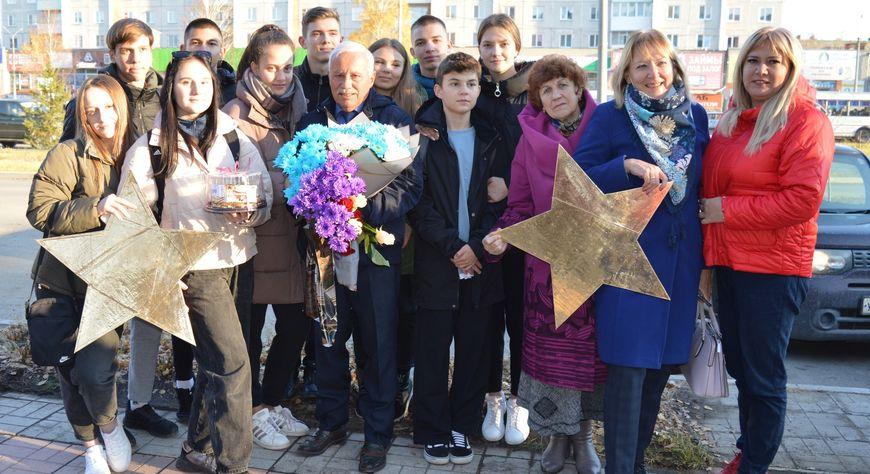 Новые именные звезды открылись на аллее Славы в Минусинске