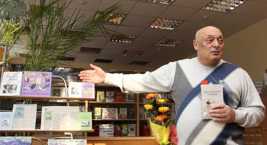Ушел из жизни известный норильский журналист, писатель и поэт Валерий Кравец