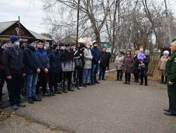 17 октября 16 призывников из Нижнеингашского района убыли в Красноярск