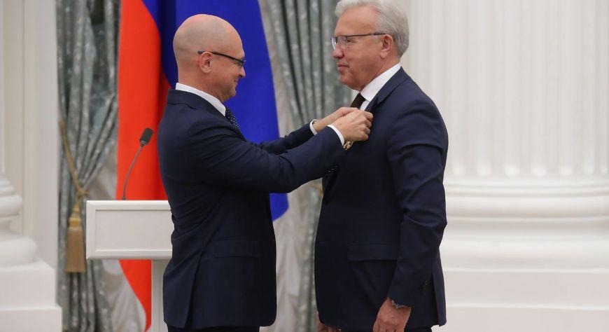 Губернатор Красноярского края Александр Усс награжден Орденом Александра Невского